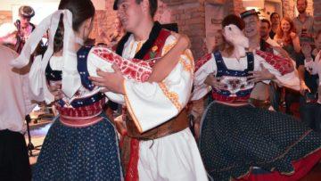 Folklorní mejdlo by Slovakfolklore
