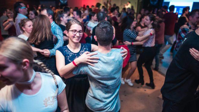 Otvárací Tanečný dom XVIII. tanečnej sezóny - čardáše